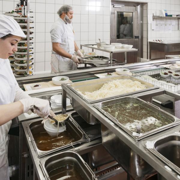Einblick in die Betriebsküche des Krankenhauses Dornbirn | Foto: Lisa Mathis