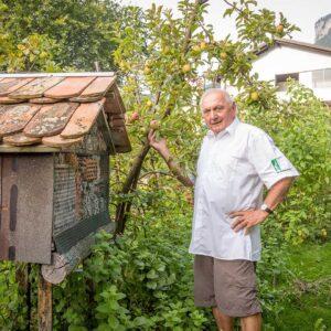 Toni Schiefer Auf Seinem Anbaugebiet