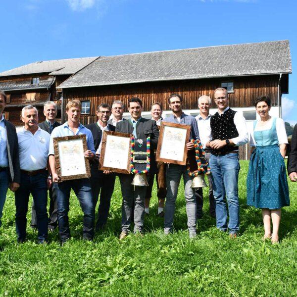 Gruppenbilder der Sieger bei der Vorarlberger Käseprämierung in Schwarzenberg © LK Vorarlberg